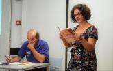 Amélia Pinheiro lê um soneto.